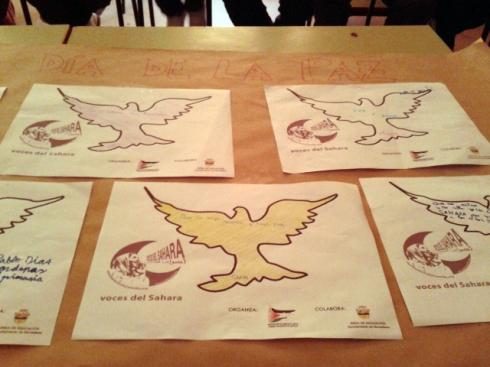 Taller celebrado en colegios de primaria de la provincia de Sevilla para conmemorar el Día de la Paz